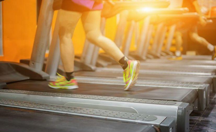 Realizar esfuerzo de más al hacer ejercicio puede provocar un derrame cerebral (Pxhere)