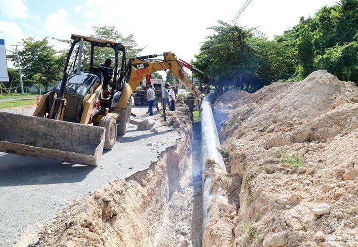 Se espera la recuperación de aproximadamente 35 litros de agua por segundo que actualmente se pierden en la red de conducción. (Redacción/SIPSE)