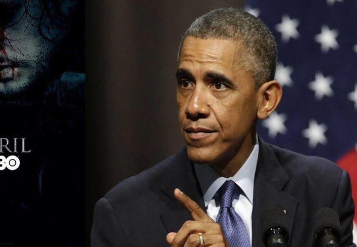 Barack Obama se ha declarado fan de la serie 'Game of Thrones', y tanta es su admiración que ya ha visto antes que nadie algunos de los nuevos capítulos. (Archivo AP)