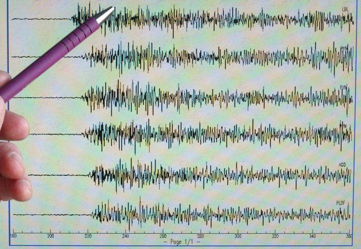El temblor más fuerte ocurrió a las 13.21 hora local (19.21 GMT) frente a la costa del Pacífico central de Costa Rica, el cual tuvo una magnitud de 4,4 y una profundidad de 1 kilómetro. (EFE/Archivo)