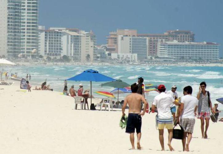 El periodo vacacional de verano incide en la afluencia de turistas nacionales e internacionales. (Archivo/ SIPSE)