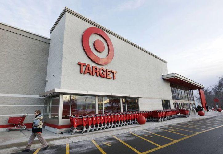 Target Corp., con sede en Minneapolis, se encuentra en las primeras etapas de investigación por el fraude que afecta a millones de sus clientes. (Agencias)