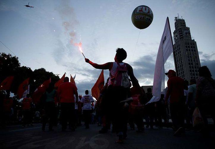 La movilización brasileña se convirtió en una demostración de fuerza cuando el Congreso se prepara para debatir la polémica reforma. (Reuters.com)