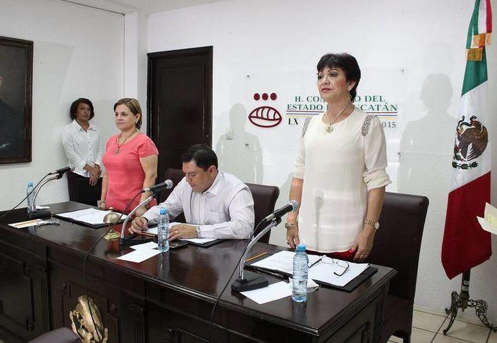 Clausura de los trabajos de la Diputación Permanente del Congreso de Yucatán, este jueves. (SIPSE)