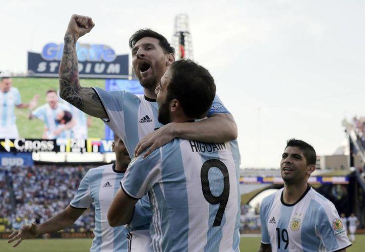 Lionel Messi se convirtió hoy en el máximo asistidor en la historia de la Copa América. (AP)