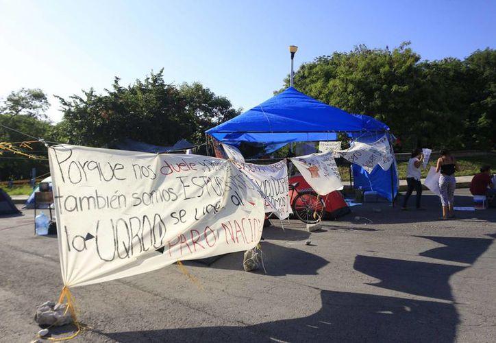 Las protestas por parte de algunos estudiantes en la Universidad de Quintana Roo comenzaron el 19 de noviembre, cuando hubo un paro de labores en la institución durante tres días. (Redacción/SIPSE)