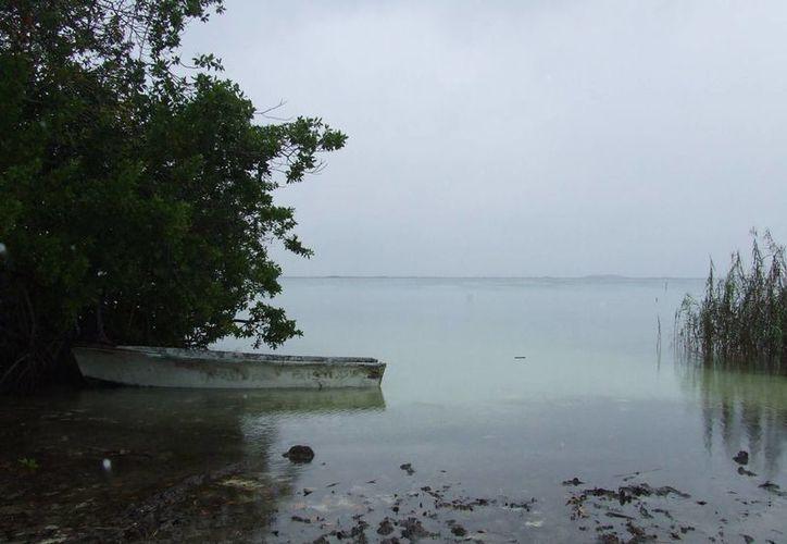 El poblado de José María Pino Suárez, al igual que su laguna, se encuentra abandonado. (Rossy López/SIPSE)