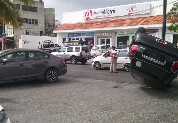Ambas conductoras no necesitaron de la atención médica. (Redacción/SIPSE)