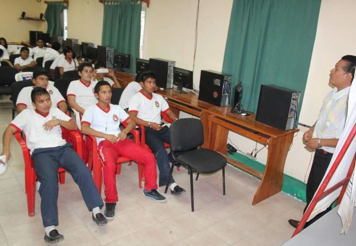 Durante el programa participaron alrededor de 550 alumnos. (Redacción/SIPSE)
