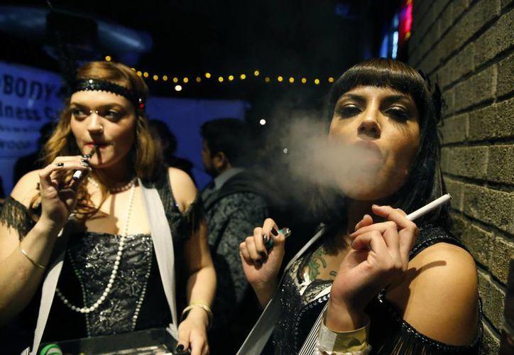 Activistas confían en que la legalización de la marihuana en Colorado es la mejor alternativa para frenar el narcotráfico. (Agencias)