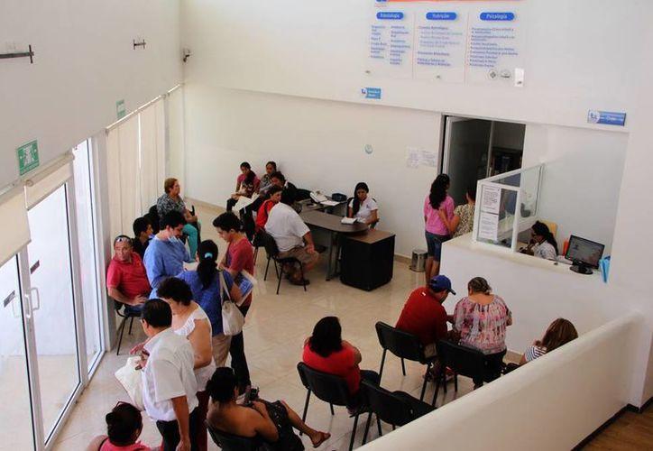 La clínica de la Unimayab lleva cuatro años brindando atención. (José Acosta/SIPSE)