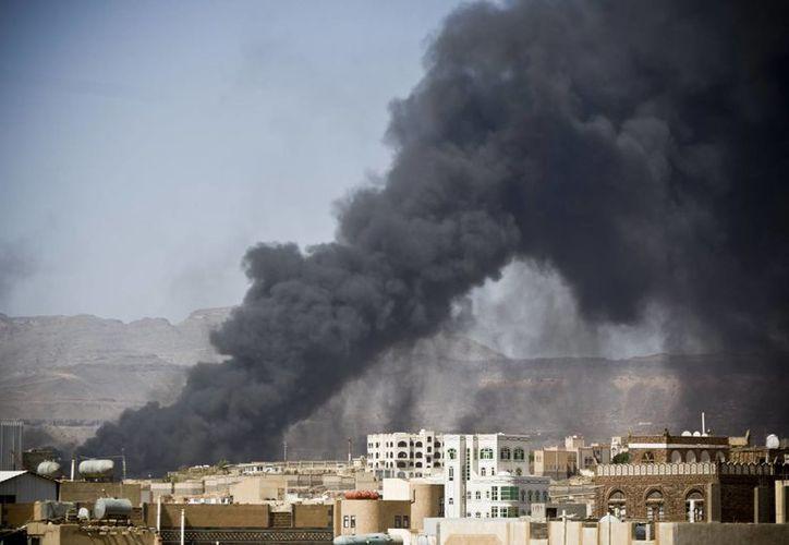 La Unesco lamentó los daños causados a la ciudad vieja de Saná, declarada Patrimonio de la Humanidad. (AP)