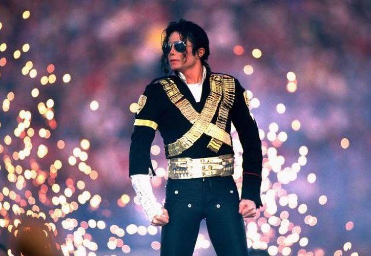 Sin duda, el show de Michael Jackson en el Super Bowl 27 es considerado como el mejor en la historia de la NFL.(Archivo/SIPSE)