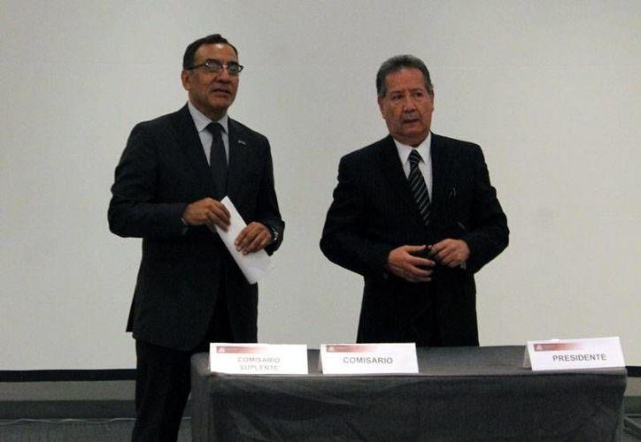 Actualmente son 50 empresas asiáticas las principales abastecedoras de refacciones en el país, señalo José Luis Muñiz Soler (d), presidente de la ARIDRA. (Foto tomada de aridra.com)