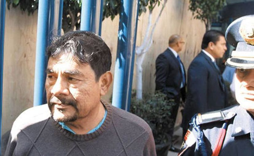 Felipe de la Cruz, vocero de los familiares de los 43 desaparecidos en Ayotzinapa, consideró que el Papa Francisco 'les falló'. (Javier Ríos/Milenio)