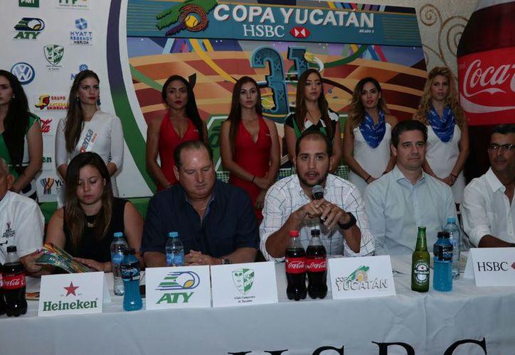 El evento contará con más de 200 tenistas de 52 países, explicó  Jorge Haro Giffenig, director y organizador del torneo. (Milenio Novedades)