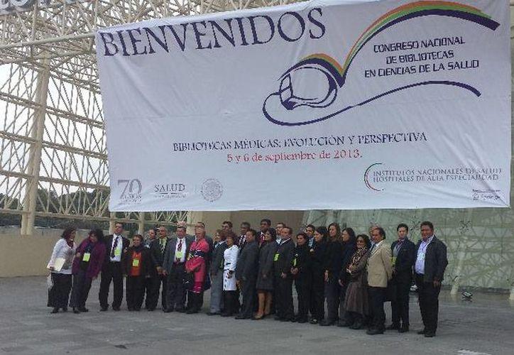 Especialistas en centros de información médica se reunieron en la Ciudad de México. (Cortesía/SIPSE)