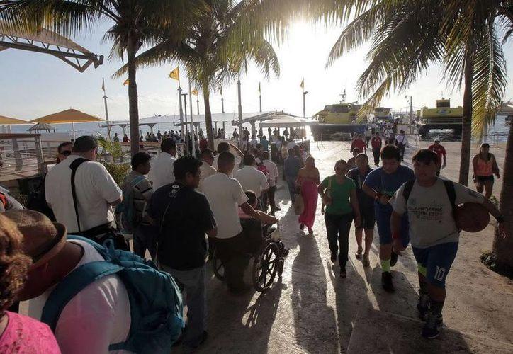 El tráfico de pasajeros hacia Isla Mujeres en lo que va del año creció en comparación con 2014. (Cortesía)