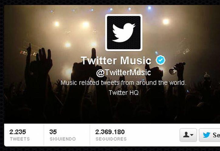 La app podrá personalizarse en base a las cuentas que el usuario sigue en Twitter. (Captura de pantalla)