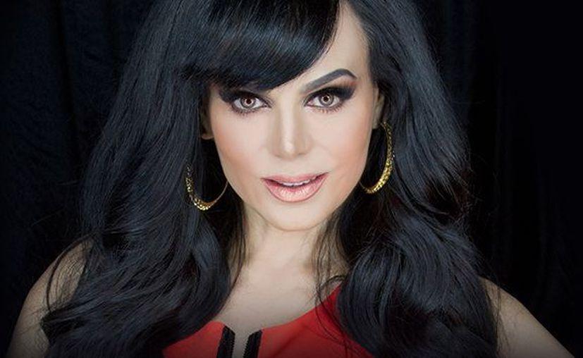 'No somos monedita de oro para caerles bien a todos' Comenta la cantante y actriz. (Foto: Zócalo)
