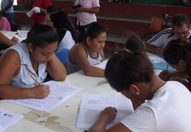 Quintana Roo ha logrado tener bandera blanca al reducir a 3.3% el analfabetizmo. (Benjamín Pat/SIPSE)