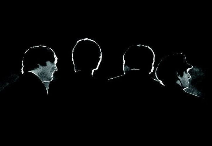 Una fotografía de los Beatles durante una conferencia de prensa antes de su primer concierto en el Coliseo de Washington tomada por Mike Mitchell el 11 de febrero de 1964. (Agencias)