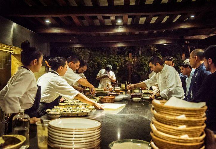 """Los ingresos de la cena """"Chefs Amigos del Mar"""" serán donados ea la sociedad cooperativa """"Langosteros del Caribe"""" .  (Foto: Notimex)"""