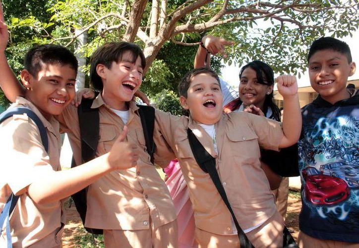 Los alumnos de las escuelas sería los más felices en caso que se autoricen los meses de julio y agosto para vacaciones de verano. (Milenio Novedades)