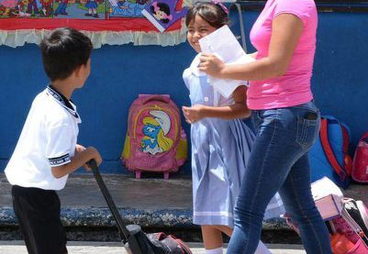 Beneficiarán a más de dos mil alumnos con becas. (Victoria González/SIPSE)