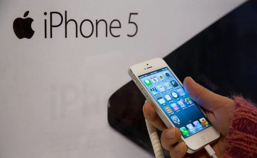 Mientras tanto, Apple no pasa días fáciles en China, considerando que no se permiten siquiera las copias del iPhone en papel. (bloomberg.com)
