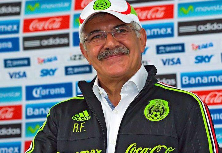 Ricardo Ferretti fue presentado este lunes por la tarde como entrenhador interino de la Selección Mexicana de Futbol Soccer varonil mayor. (futboltotal.com.mx)