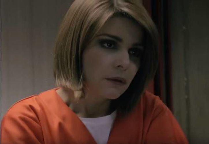 Soraya Montenegro irrumpe en la prisión de Litchfield de Orange is the New Black. (Captura de pantalla/ Youtube)