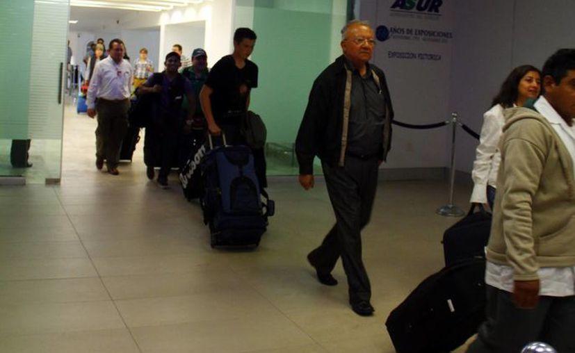 Además del módulo del aeropuerto, el INM colocó módulos en tres municipios de Yucatán. (SIPSE)