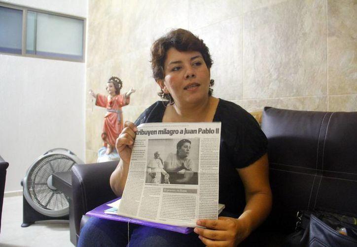 Sara Fuentes oró a Juan Pablo II y por gracia de Dios fue curada de una grave enfermedad. (Milenio Novedades)