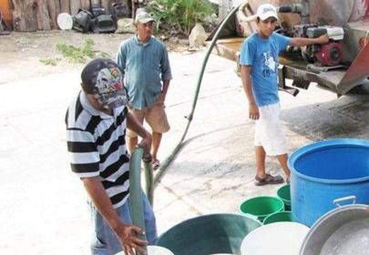 El agua que se entrega muchas veces no pasa por los sistemas de cloración necesarios para el consumo humano. (SIPSE)