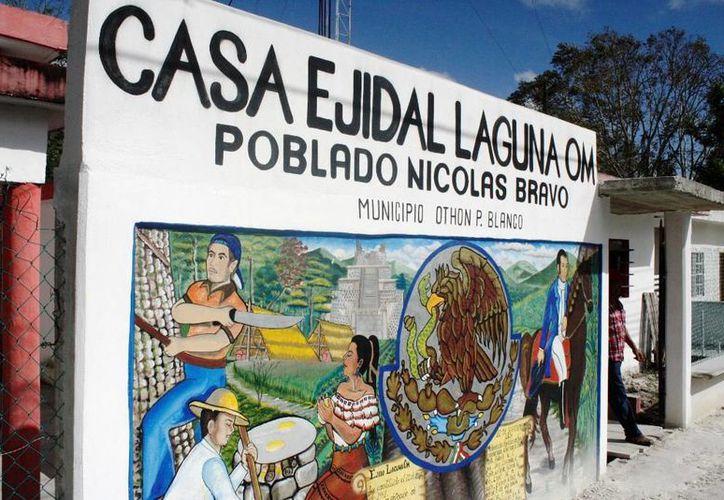 La CFE ya liberó los cheques para pagar las tierras compradas al ejido Laguna Om. (Edgardo Rodríguez/SIPSE)