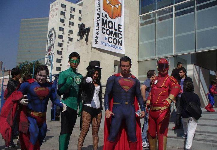 Los shows de cosplay son cada vez más comunes en México. (deviantart.net/Foto de archivo)