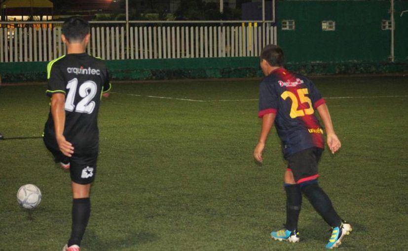 El jugador goleador del equipo líder fue Marvin Miss, quien se adjudicó cinco anotaciones. (Miguel Maldonado/SIPSE)