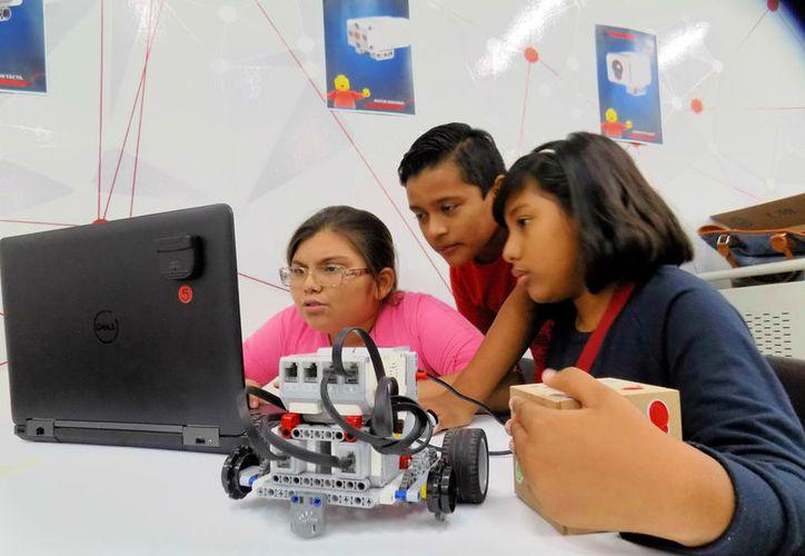Invitan a niños a participar en concurso regional de robótica. (Foto: Milenio Novedades)