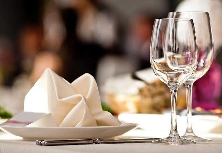 De acuerdo con un sondeo, lo más recomendable al acudir a un restaurante es ordenar la especialidad de la casa. (López Dóriga)