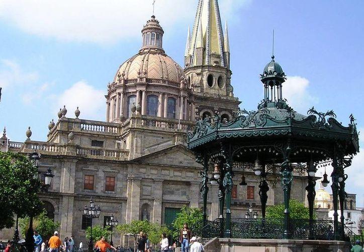 Cada año, Guadalajara es sede de importantes eventos, como la Feria Internacional del Libro y el Encuentro Internacional del Mariachi. (periodicoenfoque.com.mx)