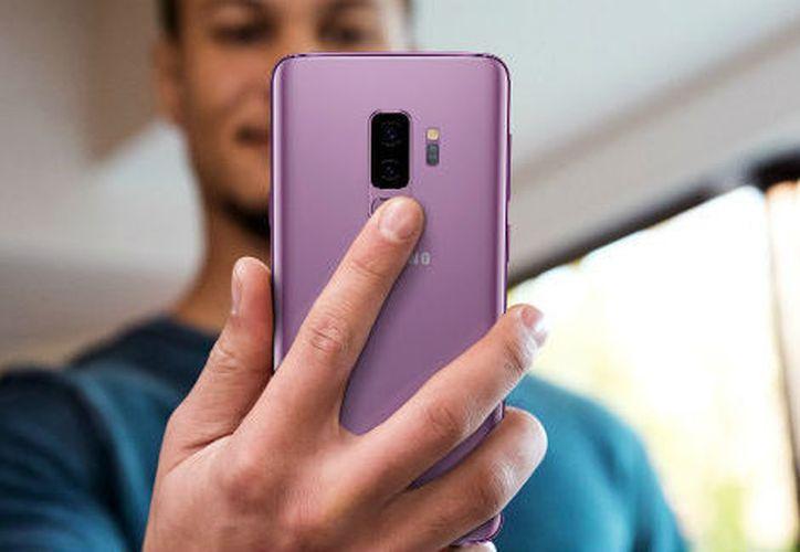 Samsung presentó sus nuevos teléfonos Galaxy S9 y S9 Plus. (Samsung)