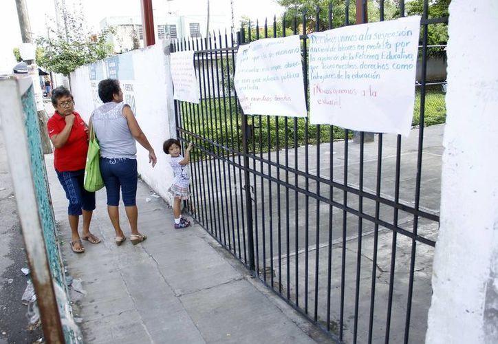 De acuerdo con Godoy Montañez, sólo fueron siete planteles de Mérida los que no laboraron este lunes. (Archivo/SIPSE)