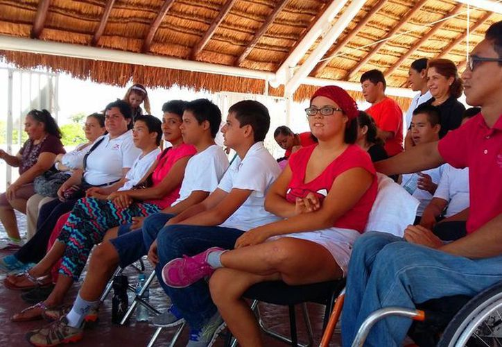 Los jóvenes con alguna discapacidad ya podrán entrenar para las Olimpiadas Especiales. (Daniel Pacheco/SIPSE)
