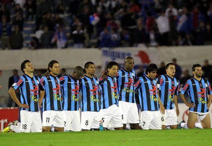 Los brasileños Atlético Mineiro y Fluminense y el Real Garcilaso peruano esperan por sus rivales, tras sacar del camino al Sao Paulo, Emelec y Nacional, respectivamente. (EFE/Archivo)