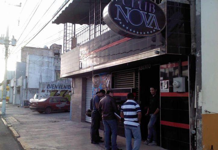 """La madrugada del jueves se reportaron disparos de arma de fuego en el bar """"el Nova"""". (Redacción/SIPSE)"""