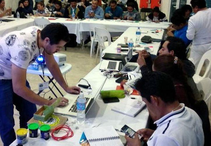 """En el """"Fab Lab Yucatán"""", se buscan empresas interesadas en colocar en el mercado los proyectos innovadores. (Foto: Milenio Novedades)"""