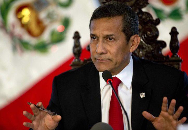 El presidente Ollanta Humala ofrece una conferencia de prensa a corresponsales extranjeros en el palacio presidencial en Lima, Perú. (Agencias)