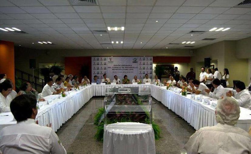Imagen de la sesión del Consejo de Desarrollo Metropolitan. (Milenio Novedades)