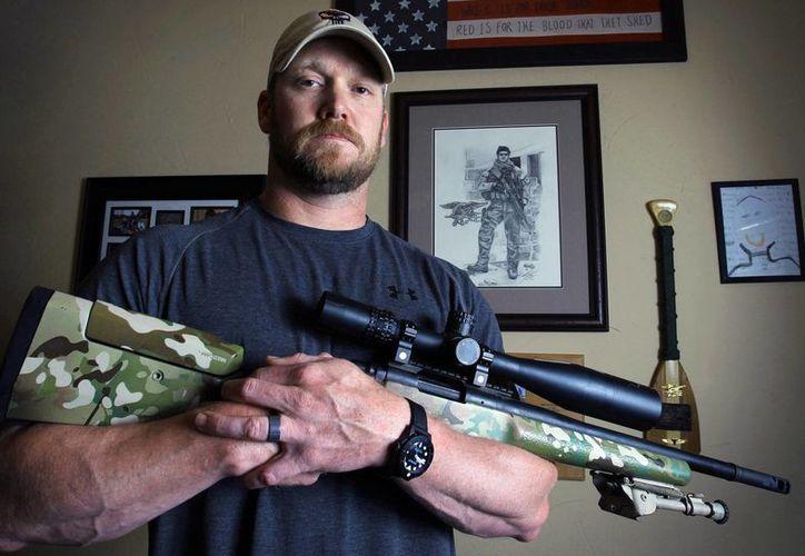 Kyle, un combatiente de la guerra de Irak, dio muerte al menos a 150 insurgentes entre 1999 y 2009. (Agencias)